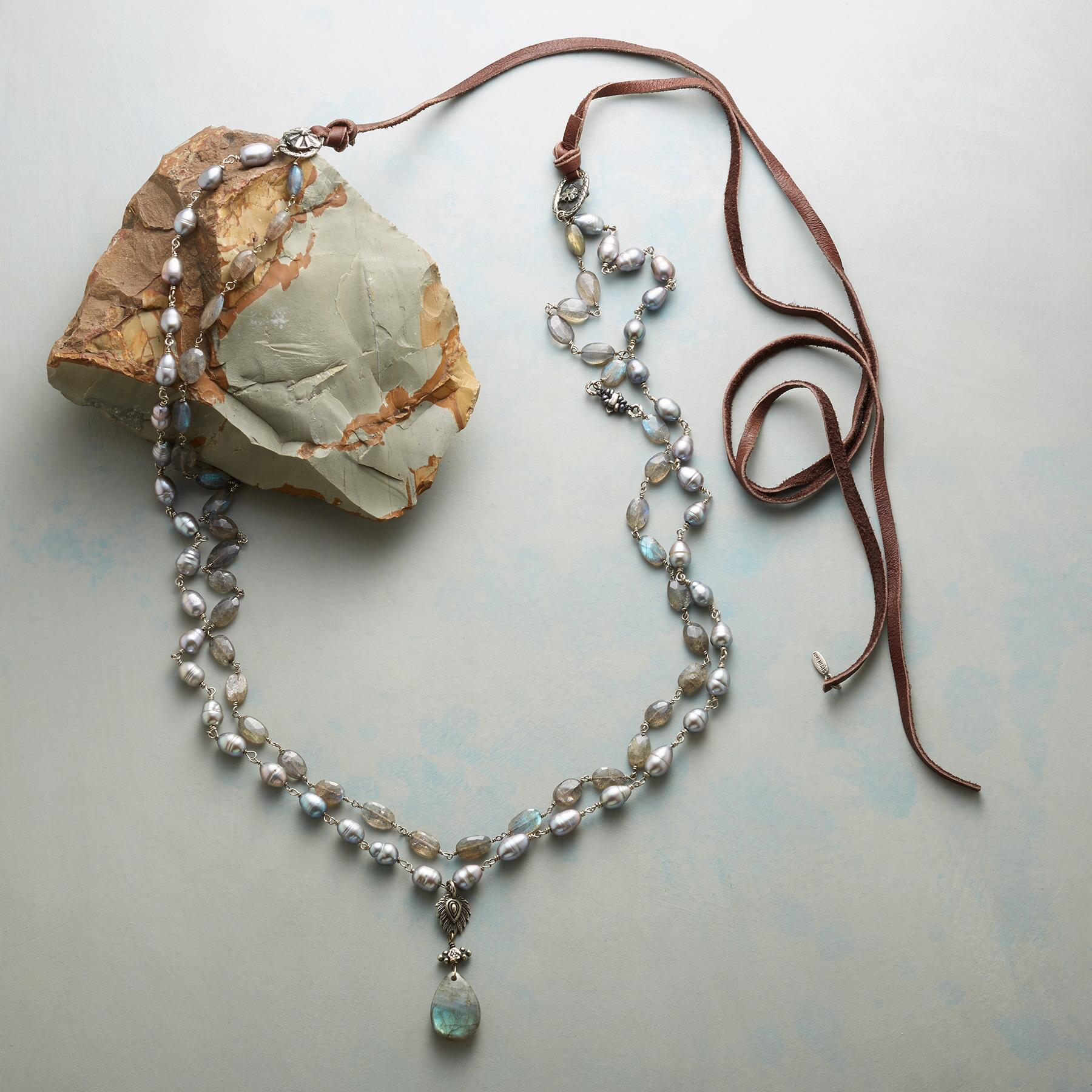 SEA SMOKE NECKLACE: View 2