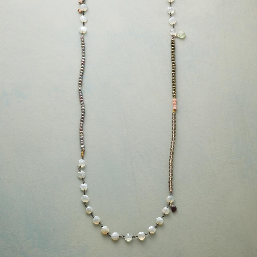 PEARLY PASTICHE NECKLACE