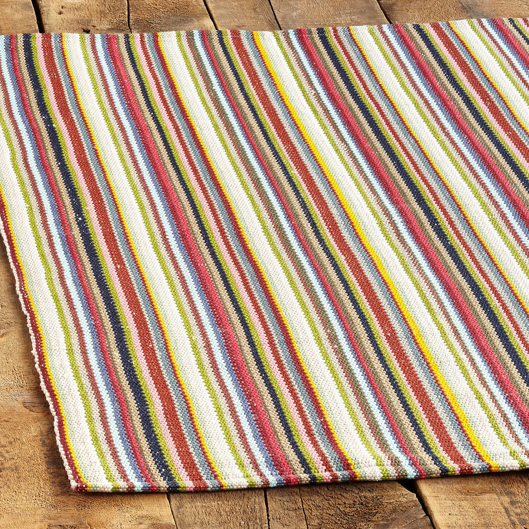 TEMECULA OUTDOOR RUG, LARGE: View 2