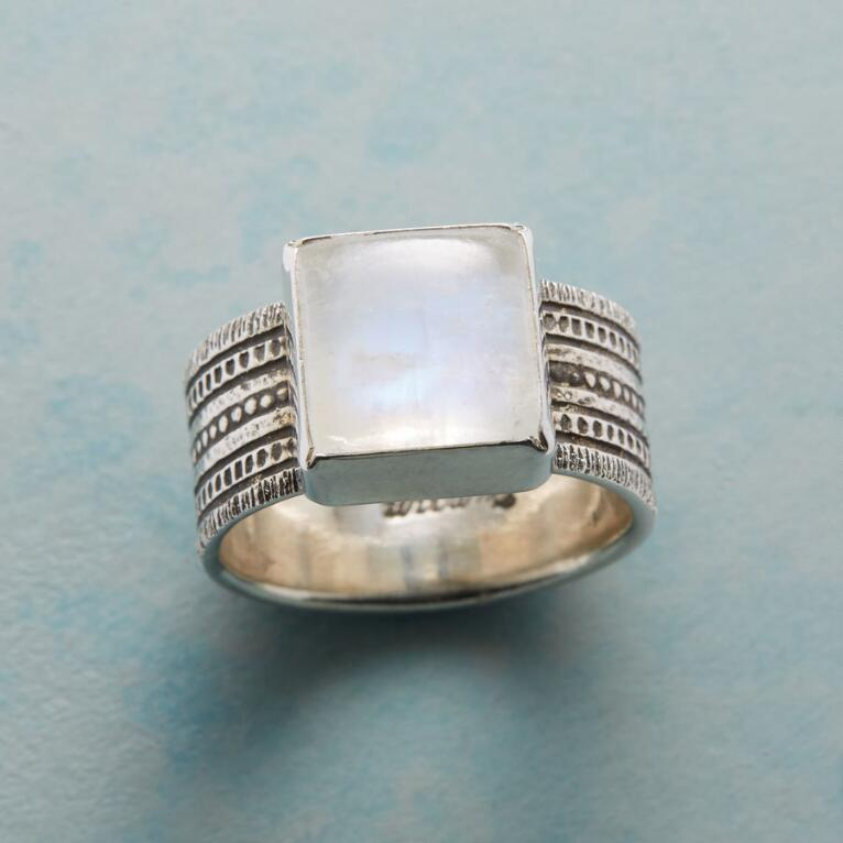 SEVEN LAYER RING
