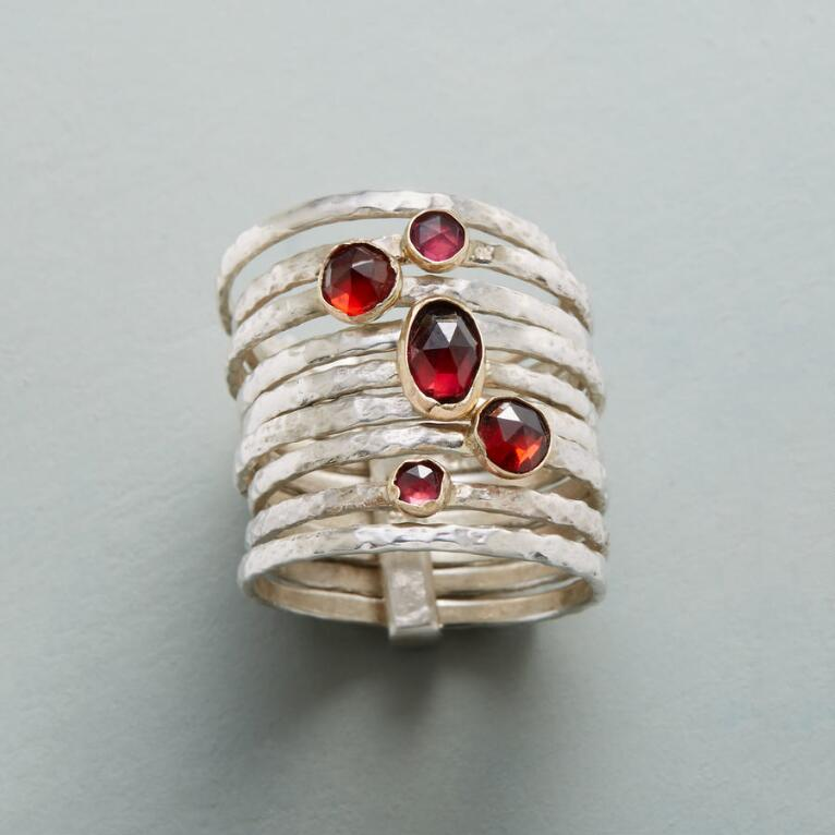GRENADINE GARNET RING
