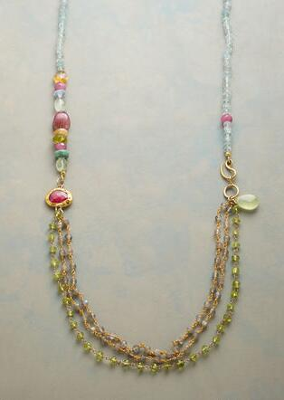 TWO-ACT NECKLACE