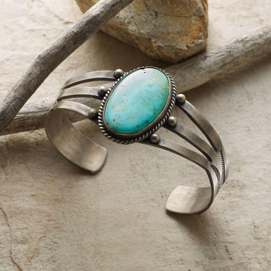 VINTAGE TURQUOISE TRIPLE CUFF