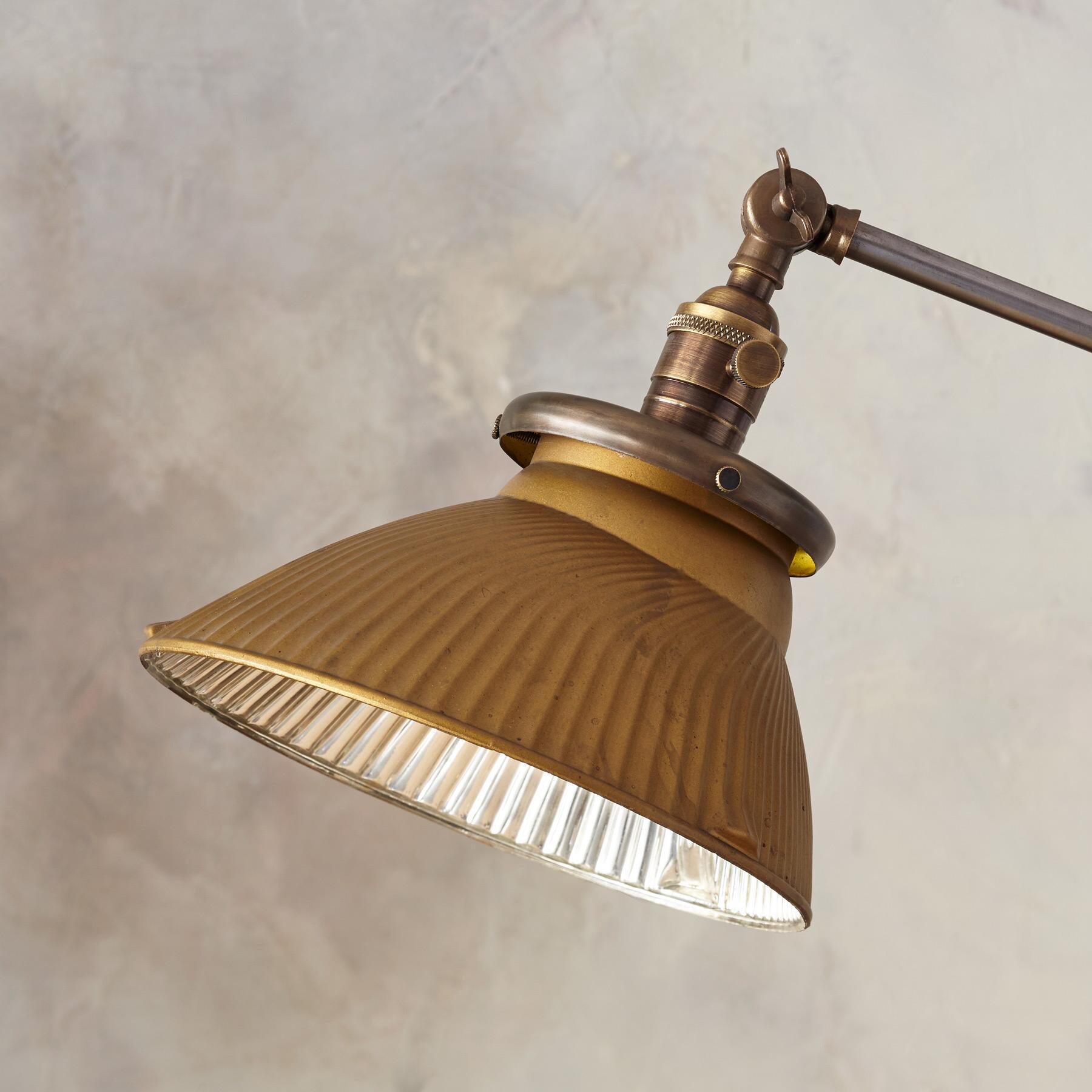 PIERRE FLOOR LAMP: View 2