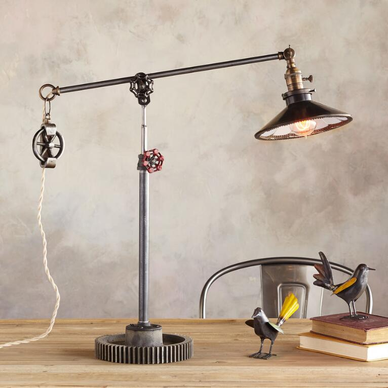 SAN ANTONIO TABLE LAMP