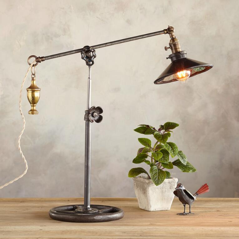 SAN FRANCISCO TABLE LAMP