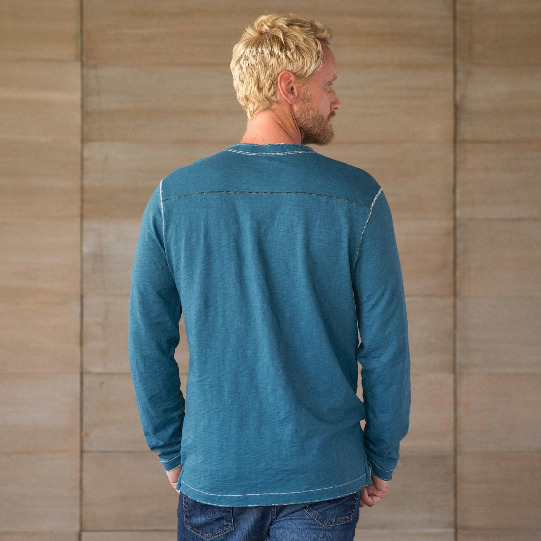 OFF THE HOOK HENLEY: View 2