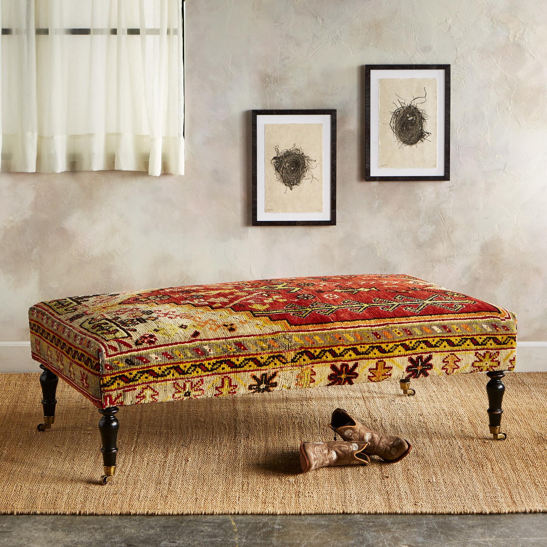 VAN TURKISH CARPET BENCH: View 1
