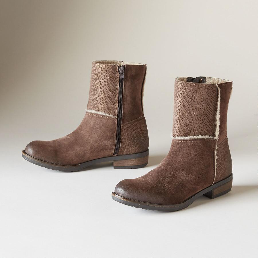 POSH PATCHES BOOTS