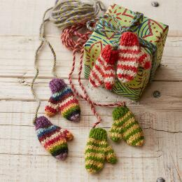 TINY MITTENS ON A STRING GIFT WRAP, SET OF 3