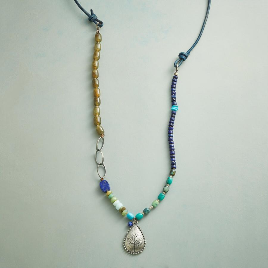 AQUENE NECKLACE