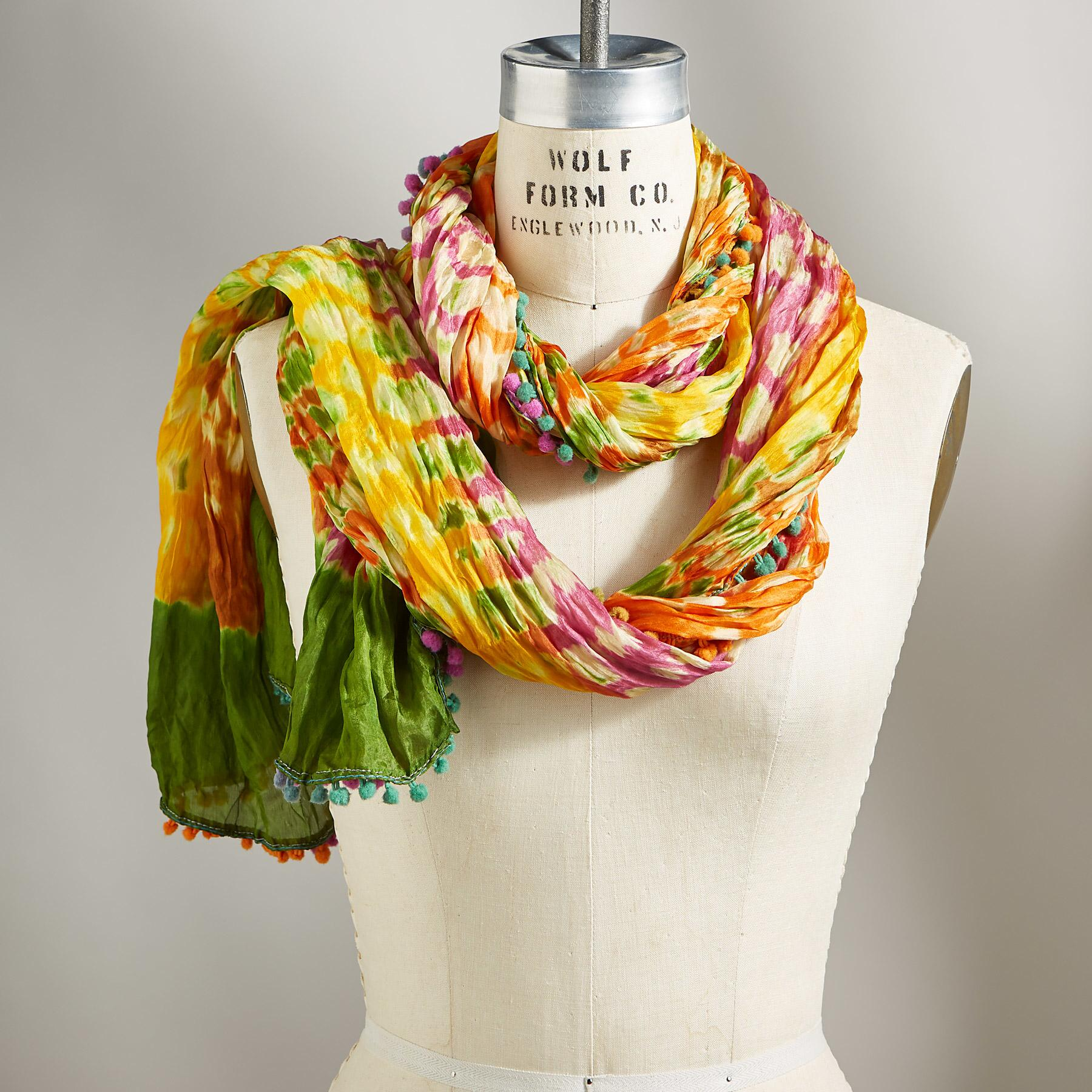 CANYON MOUNTAIN SCARF: View 1