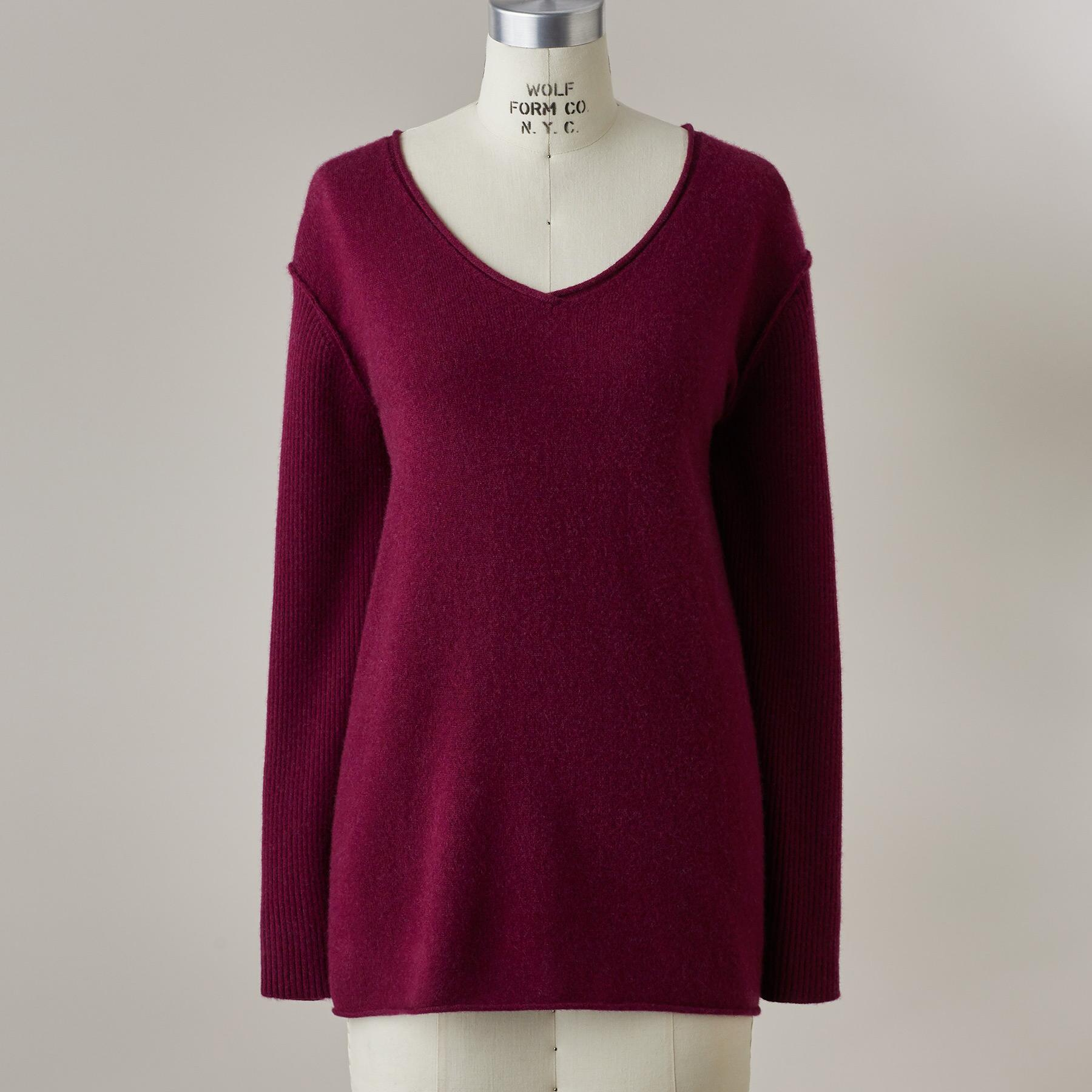 BELOVED CASHMERE PULLOVER - PETITES: View 3