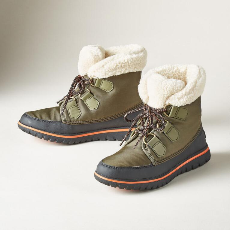 COZY CARNIVAL BOOTS BY SOREL