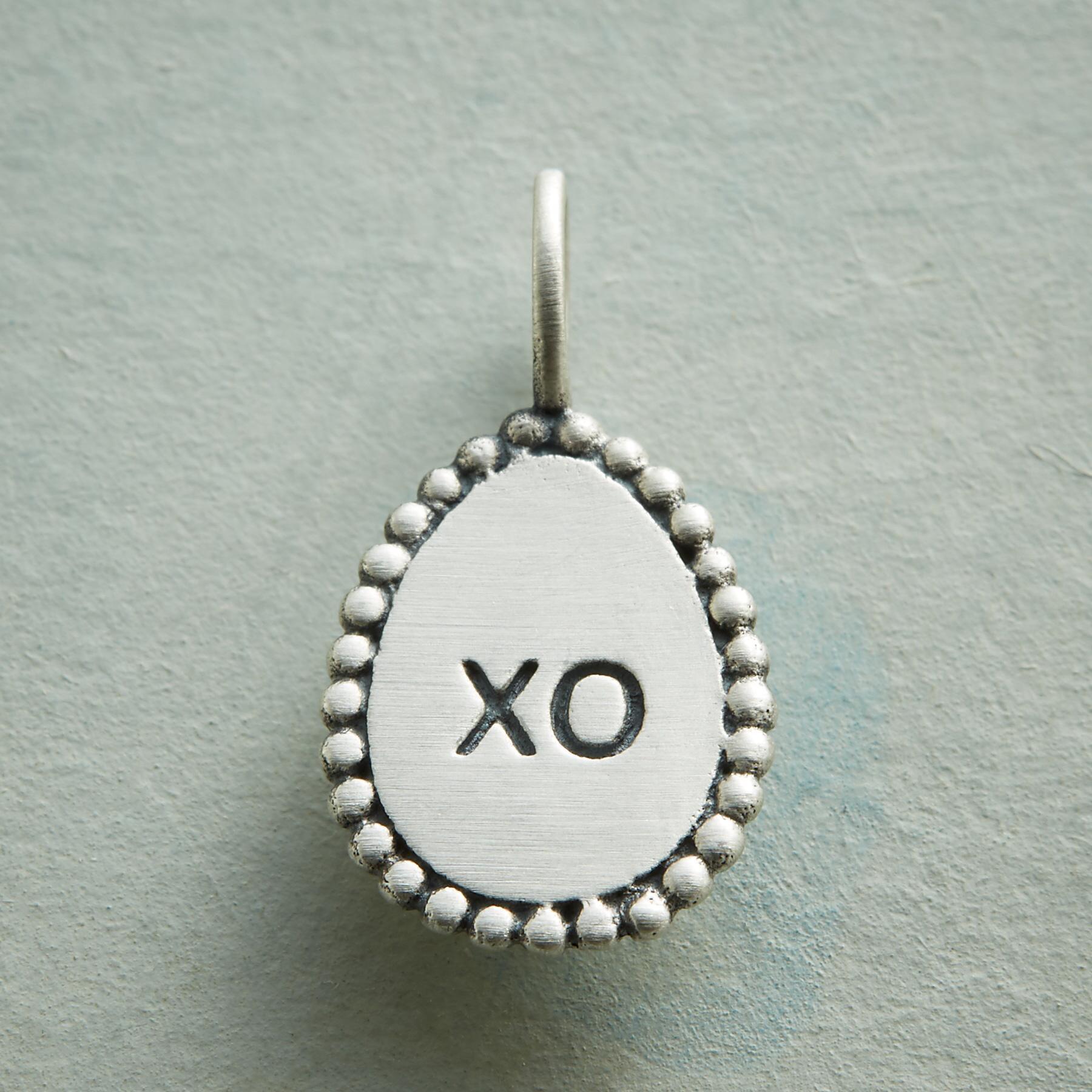 XO CHARM: View 1