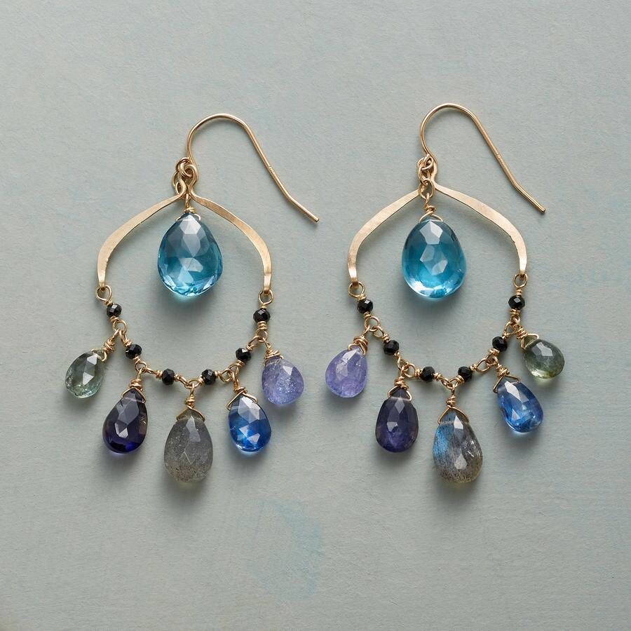 NIGHT MAGIC EARRINGS