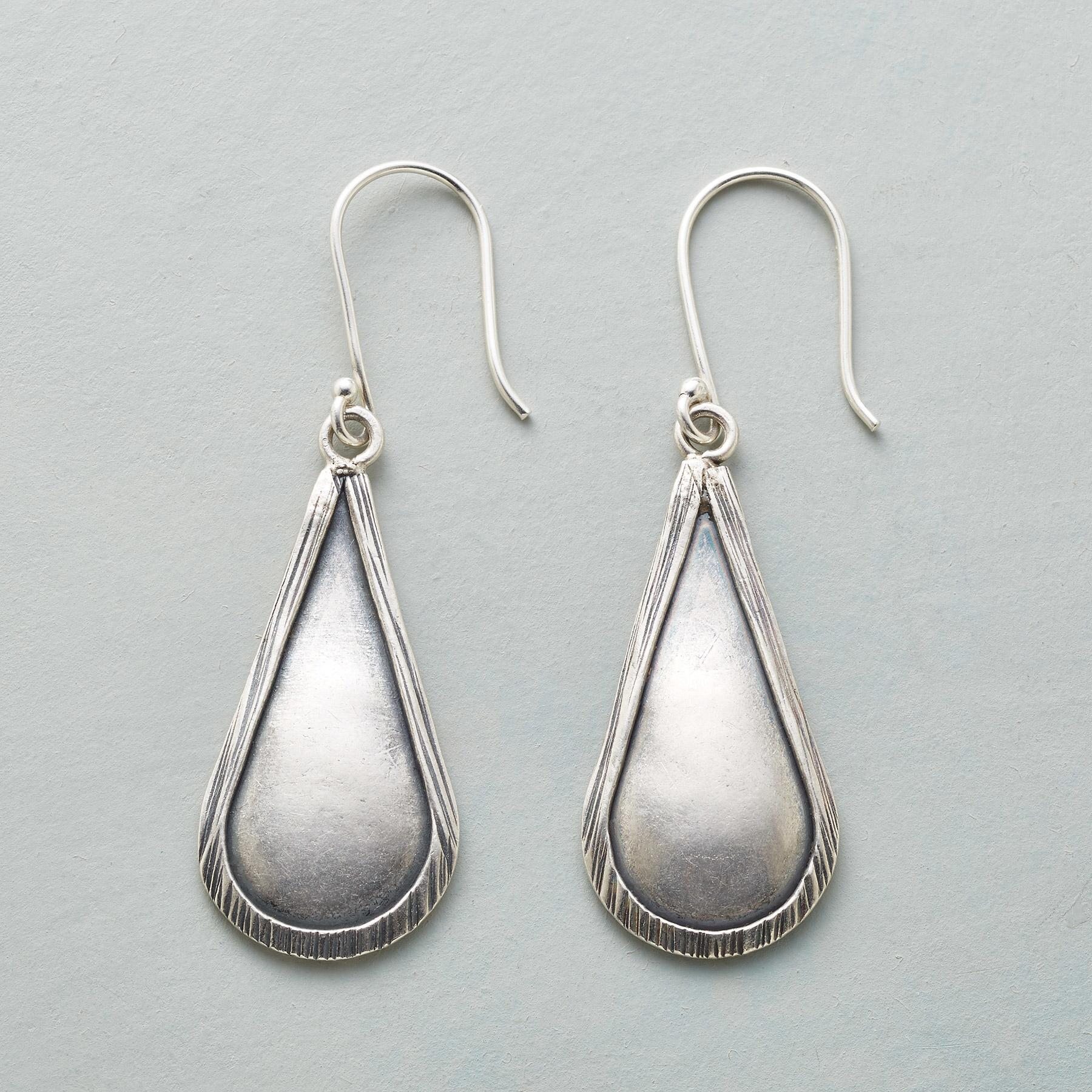 STERLING RAINDROP EARRINGS: View 1