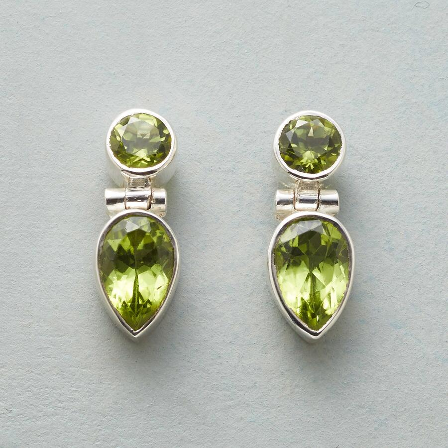 GREENERY EARRINGS