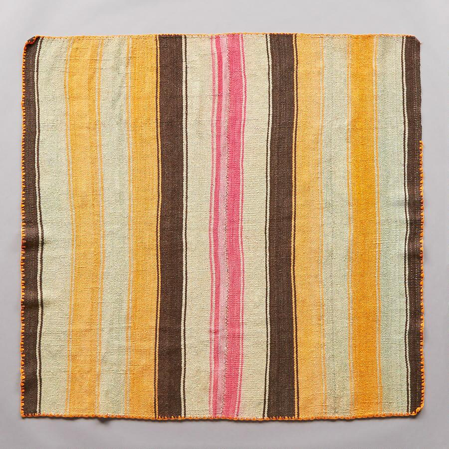 WARNES BOLIVIAN THROW
