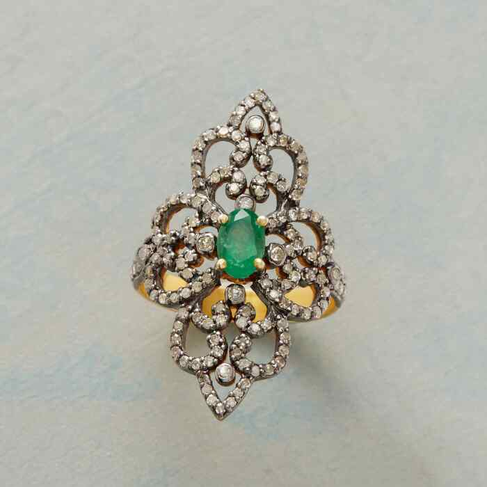 EMERALD DIAMOND RENAISSANCE RING