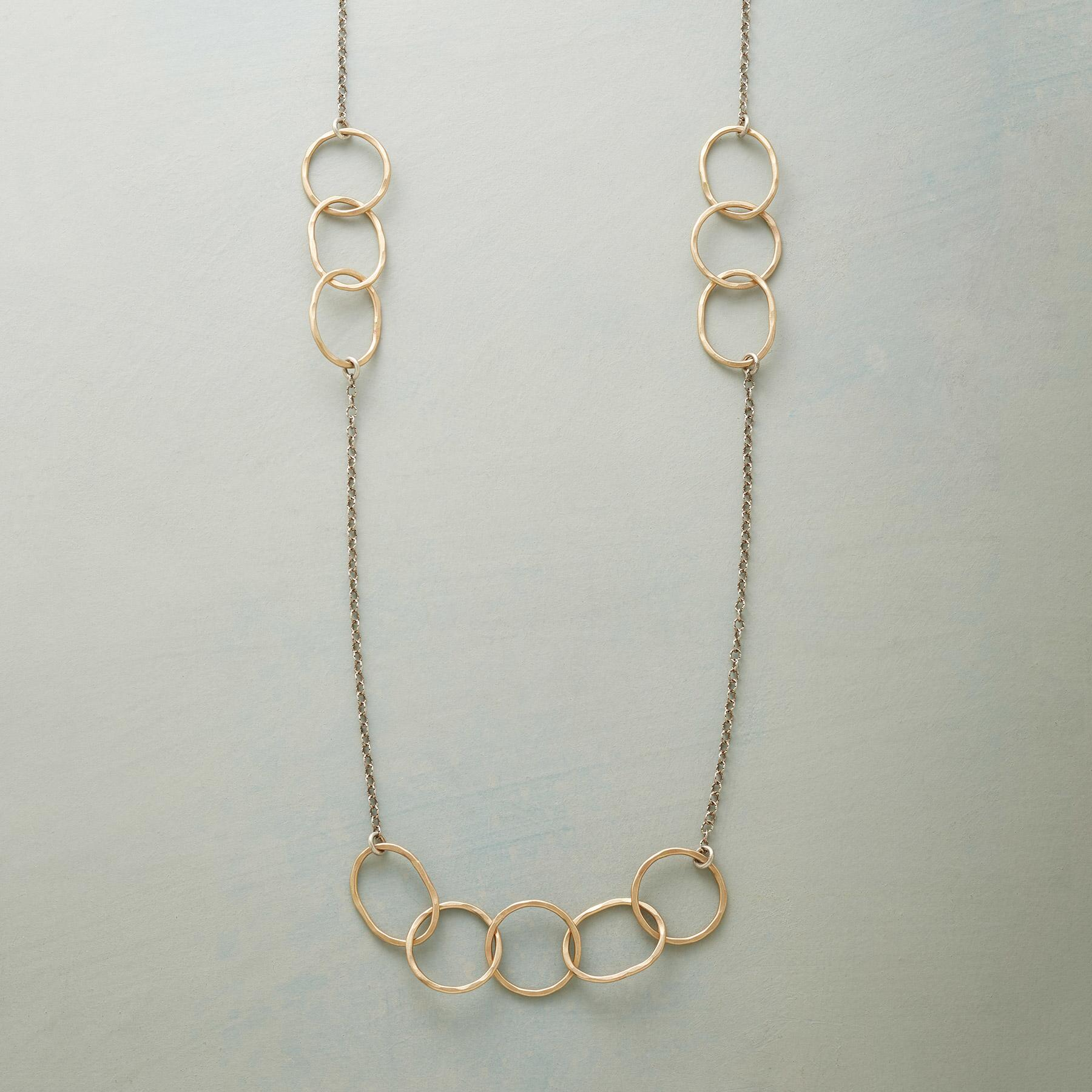 LINKING RINGS NECKLACE: View 1