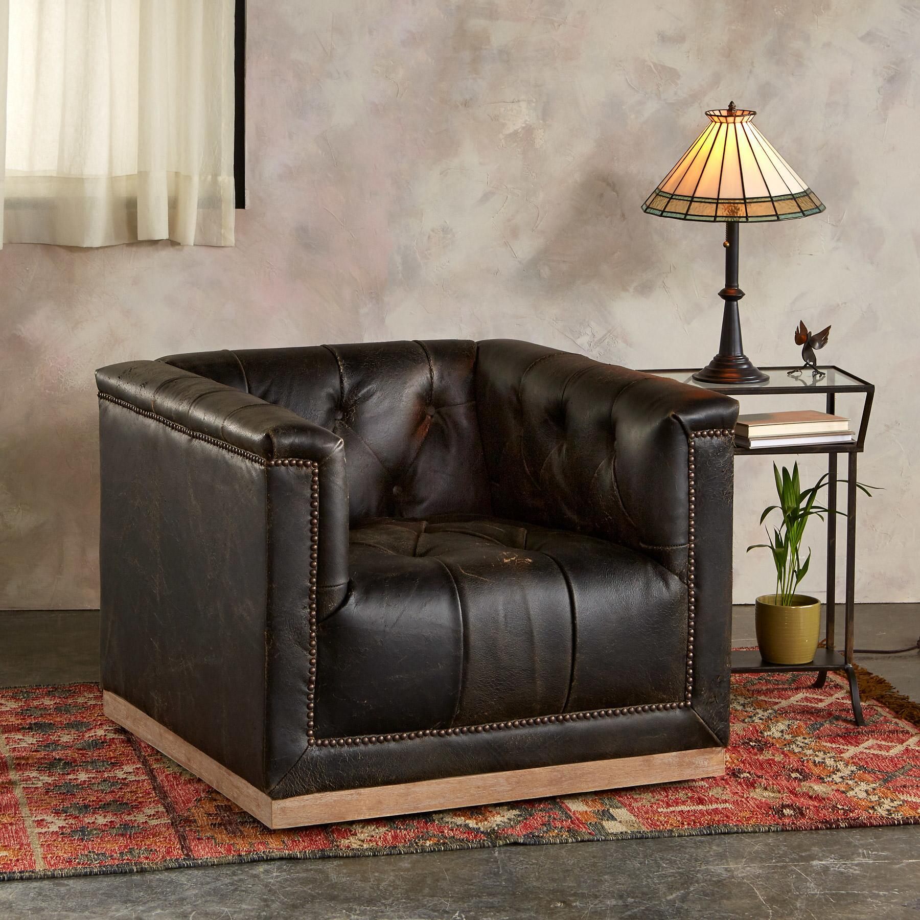 WESTERLY LEATHER CLUB CHAIR: View 1