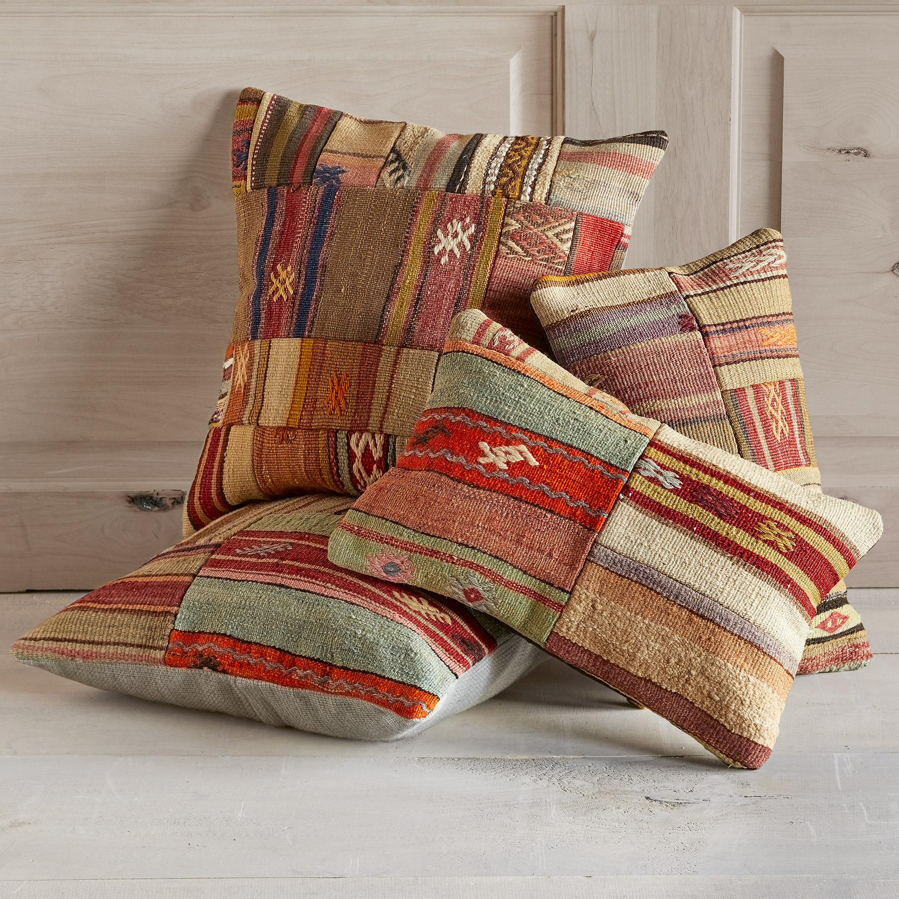 VINTAGE TURKISH KILIM PILLOW: View 1