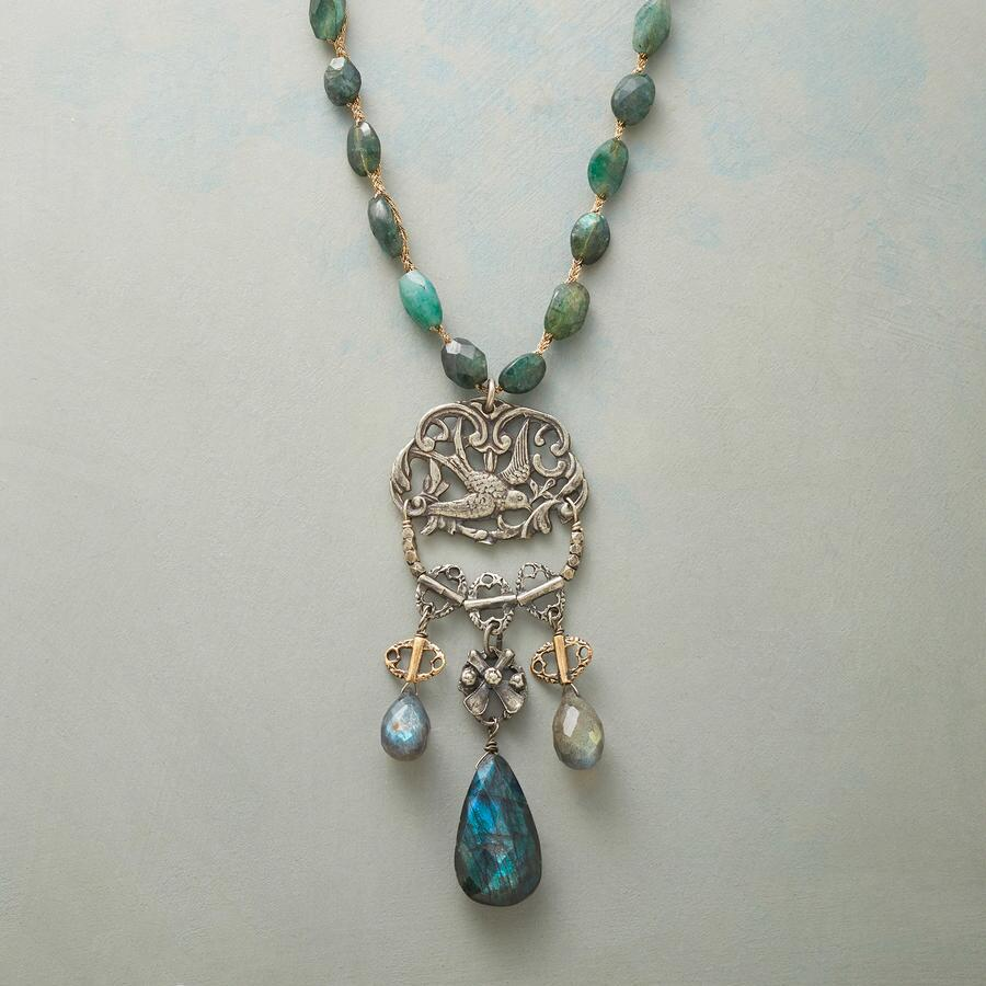GREENSLEEVES NECKLACE