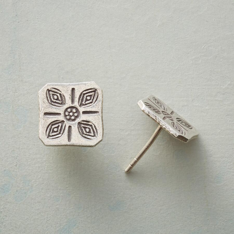 STAMPED SQUARE EARRINGS
