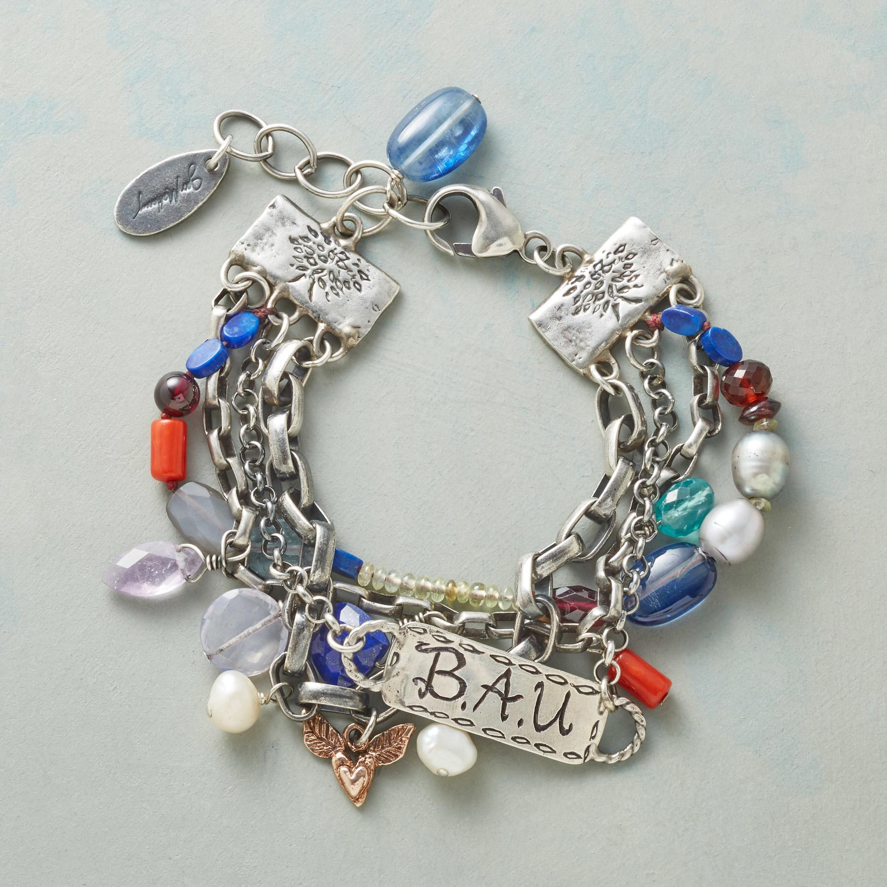 HEARTFELT PERSONALIZED BRACELET: View 1