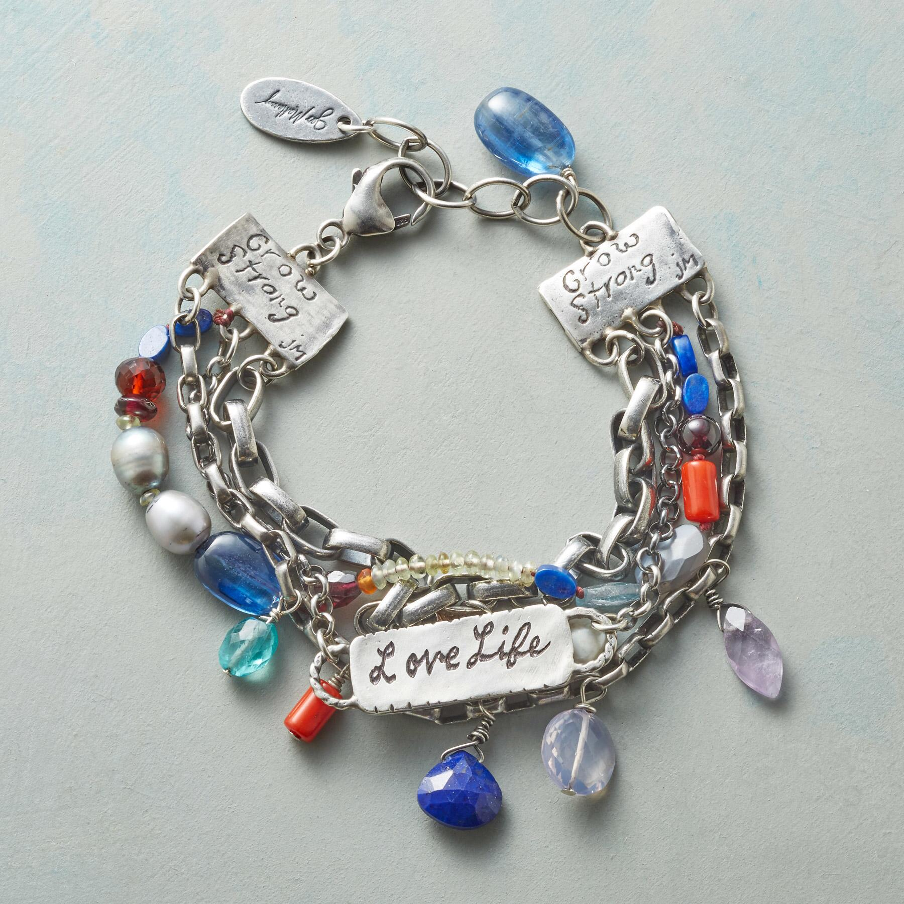 HEARTFELT PERSONALIZED BRACELET: View 2