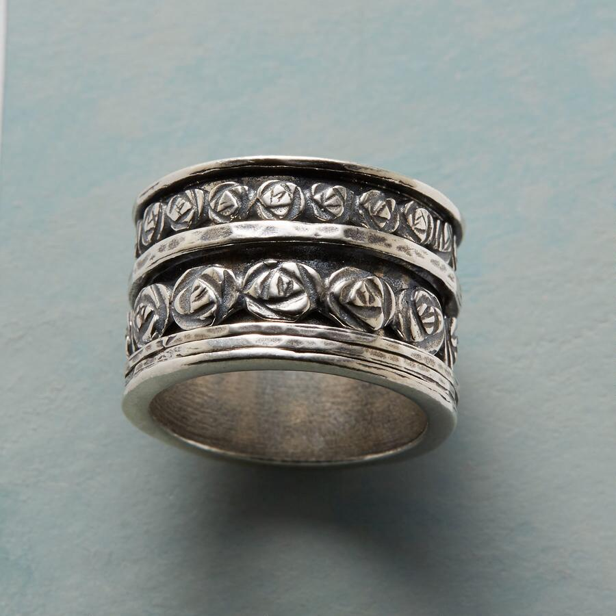 WREATH OF ROSES RING