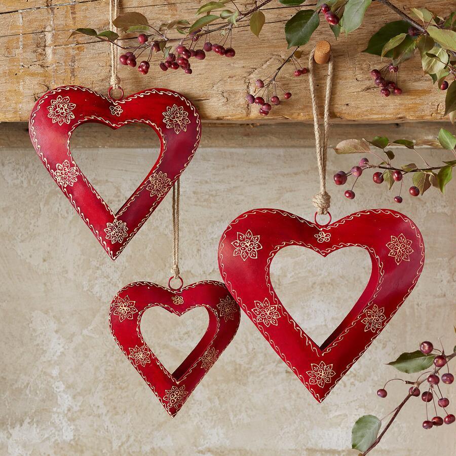 ALPENHAUS HANDPAINTED HEARTS, SET OF 3
