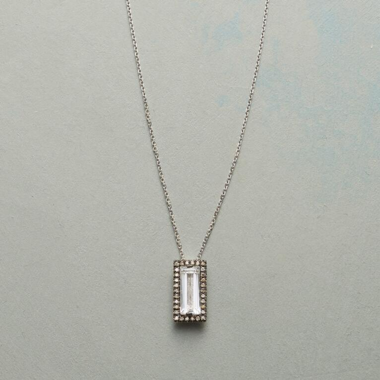 CHAMPAGNE & DIAMONDS NECKLACE