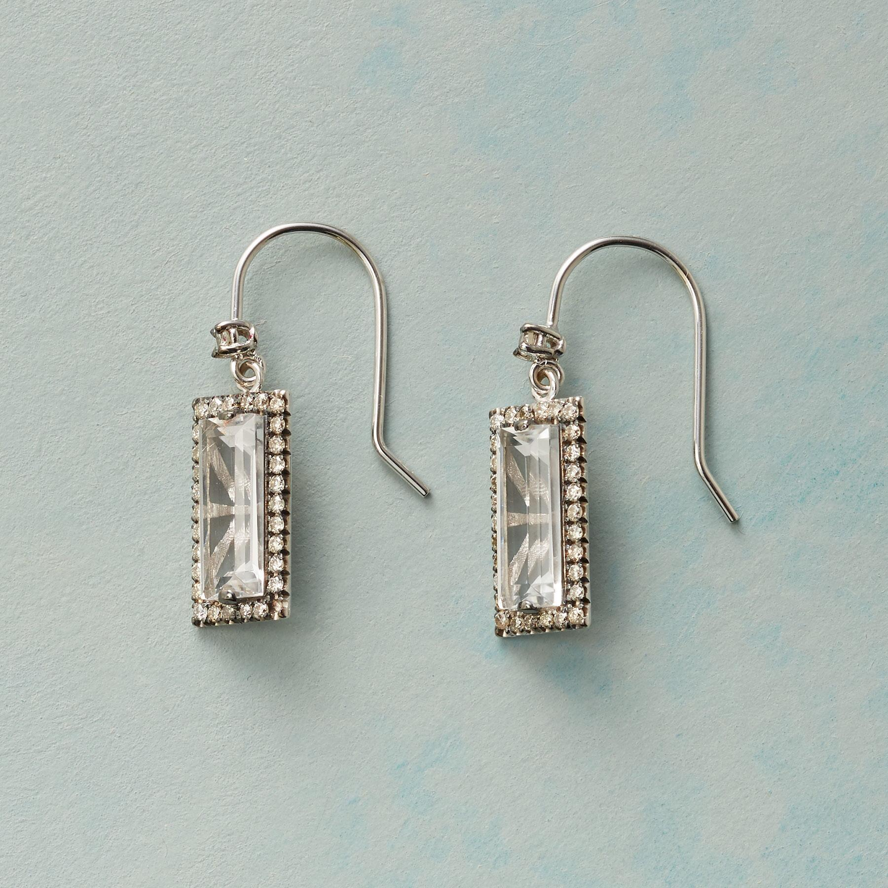 CHAMPAGNE & DIAMONDS EARRINGS: View 1