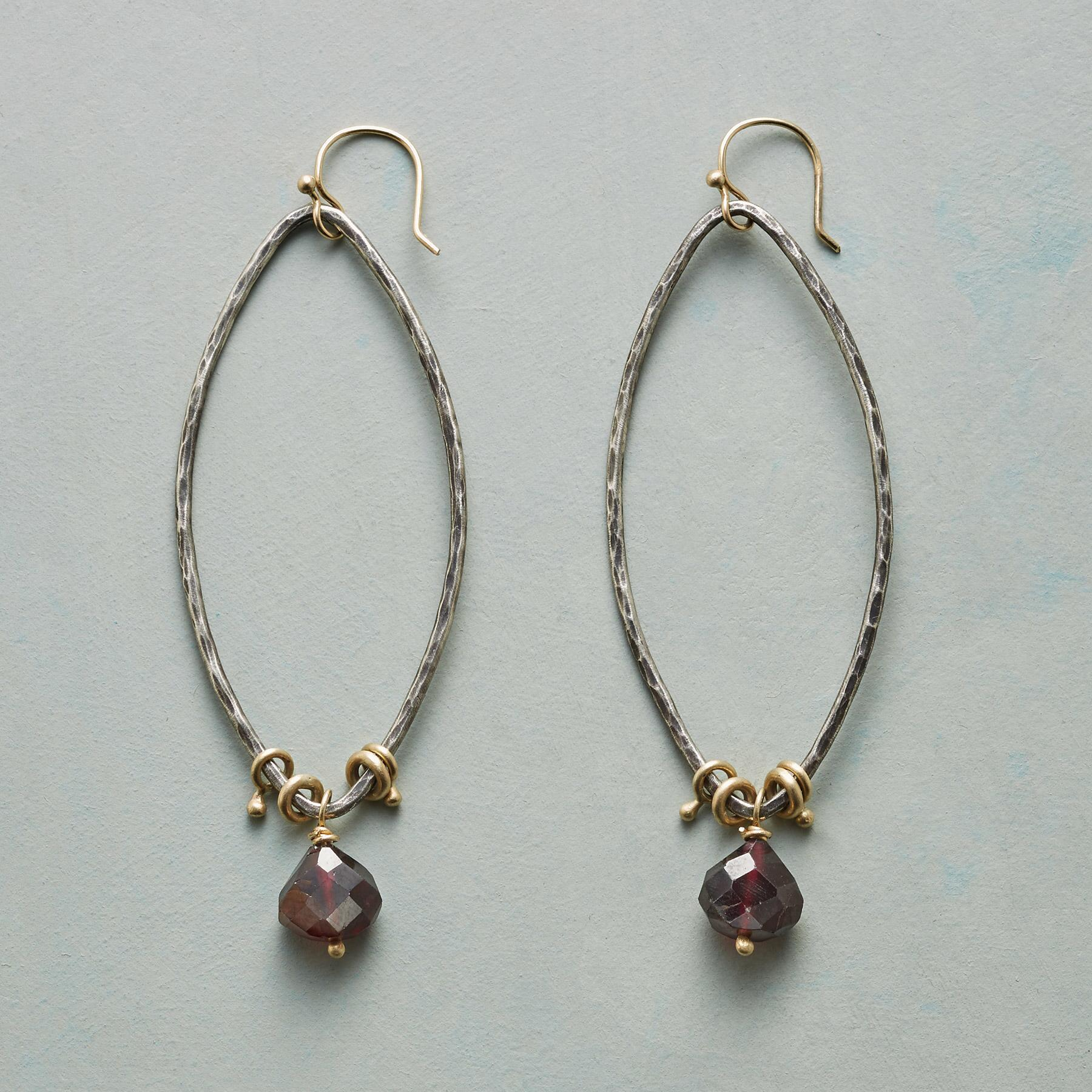 MEDICI EARRINGS: View 1