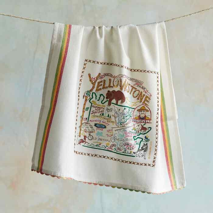 SOUVENIR NATIONAL PARKS TEA TOWEL