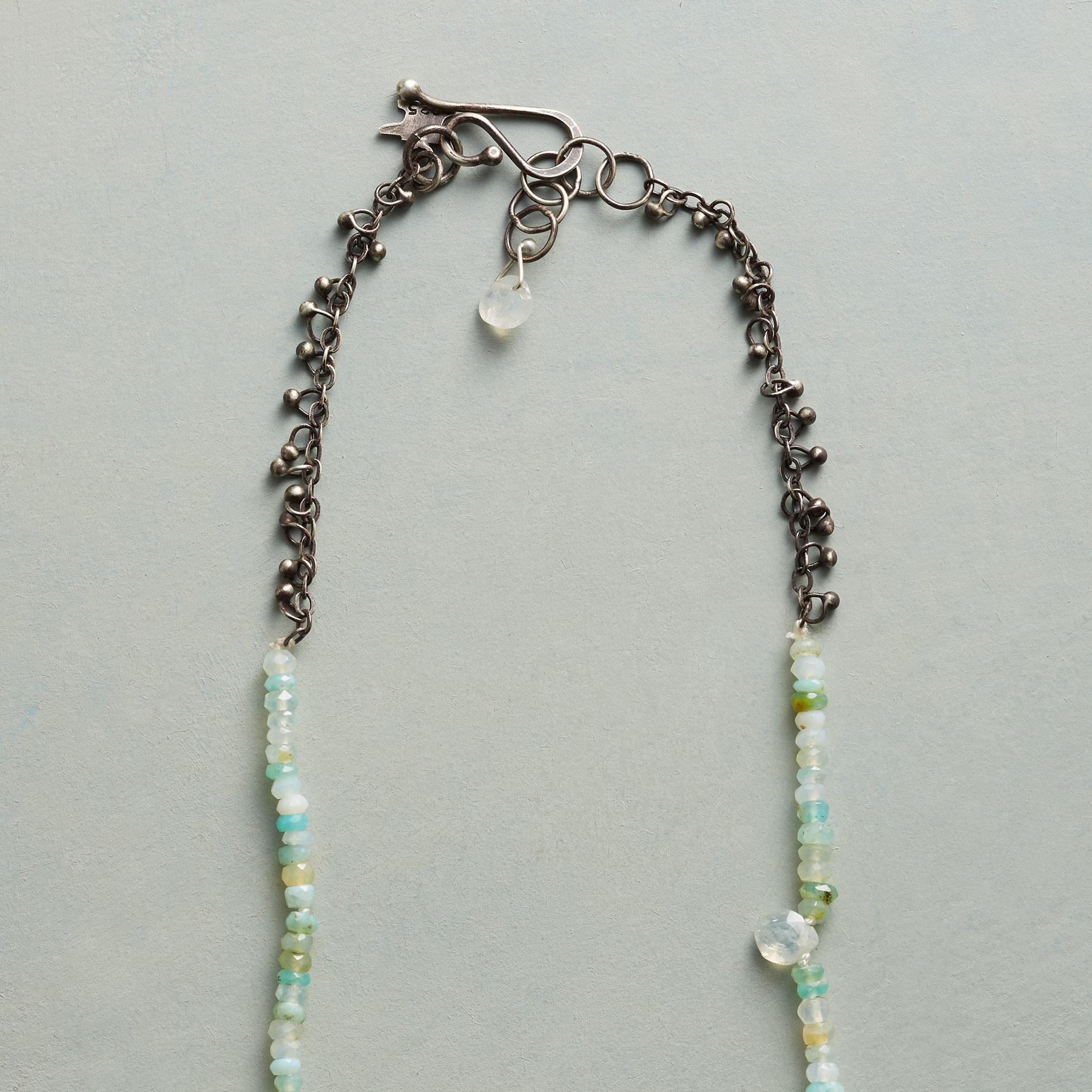TINY BUDS NECKLACE: View 3