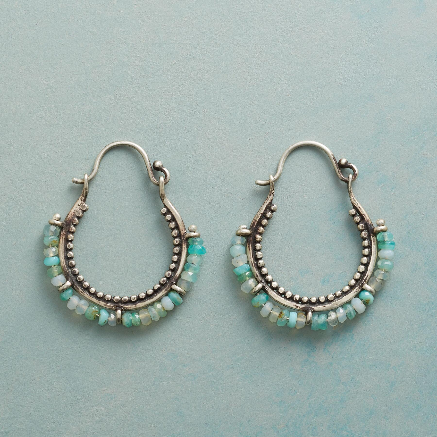 PARALLEL LINES HOOPS: View 1