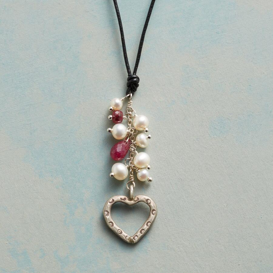 HEART ON A STRING NECKLACE