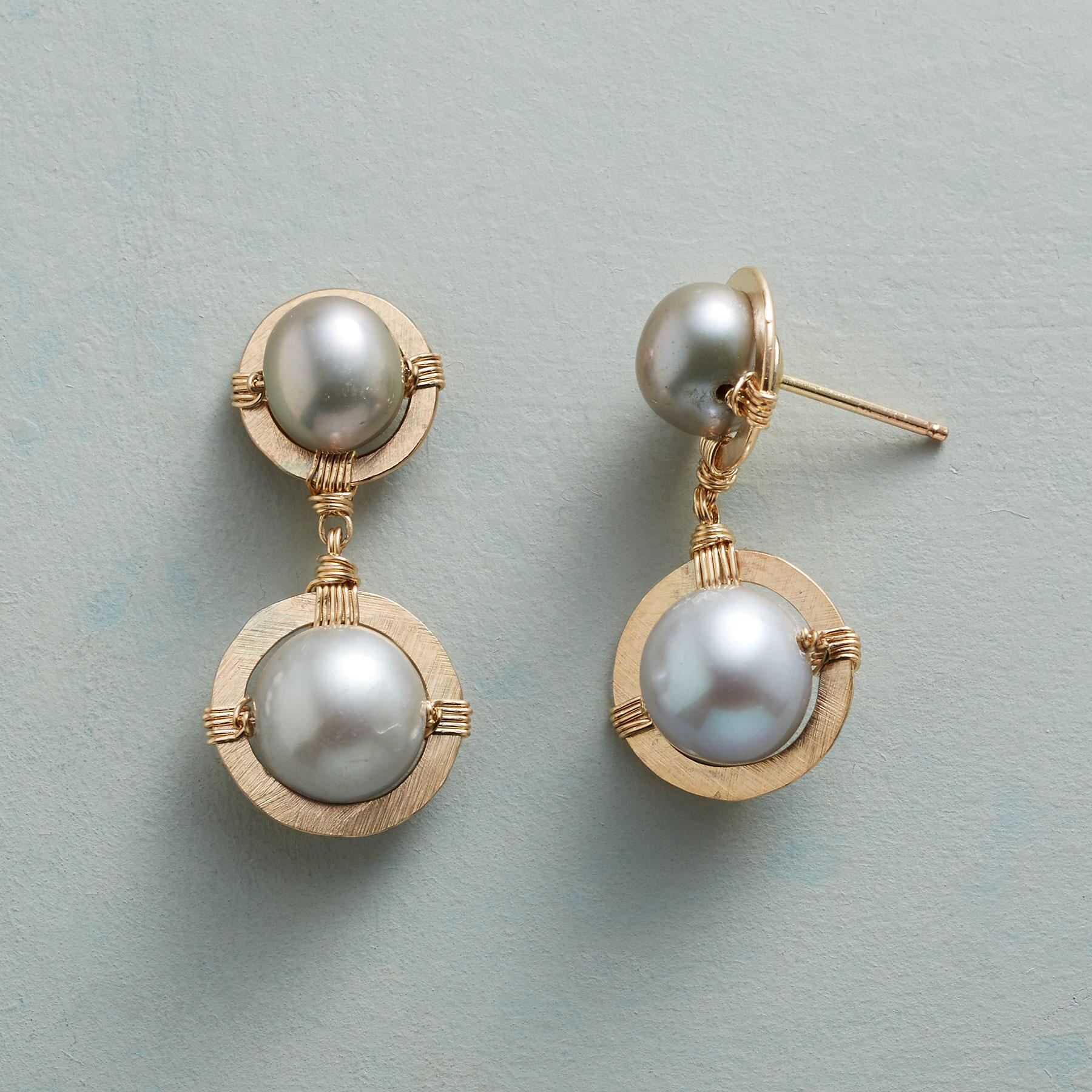 PLATINUM PEARL DUET EARRINGS: View 1