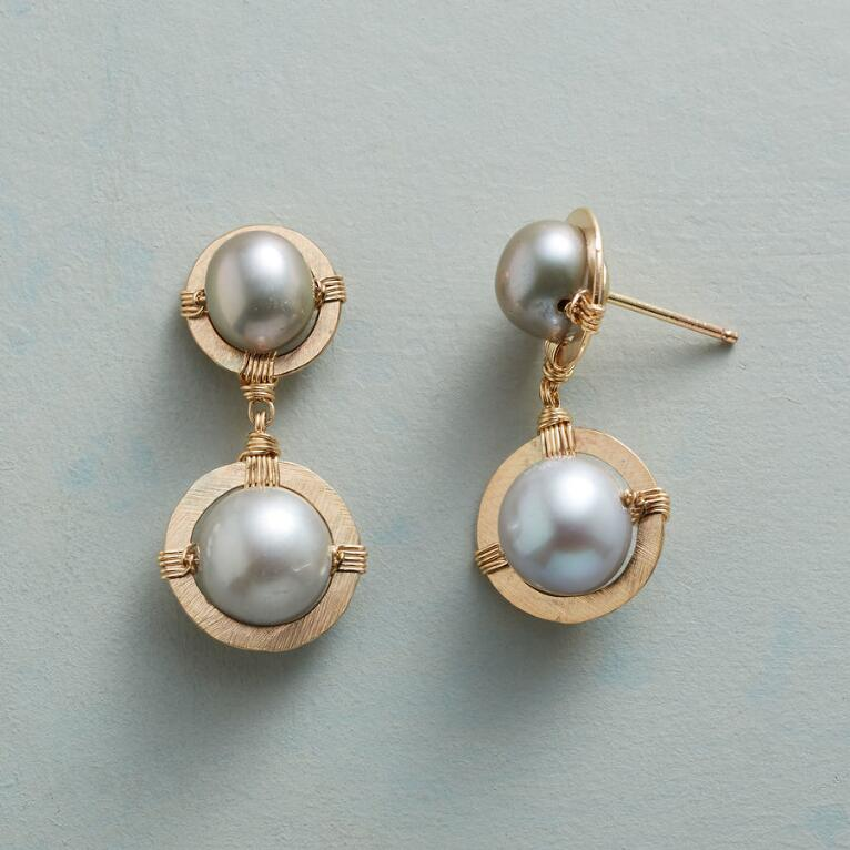 PLATINUM PEARL DUET EARRINGS