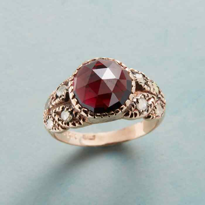 QUEEN OF ROSES RING