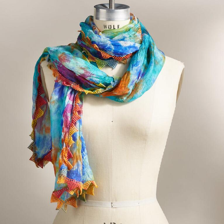 NATURE'S PALETTE SCARF