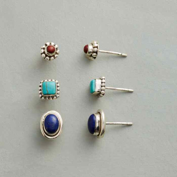 PRIMARY POSTS EARRING TRIO