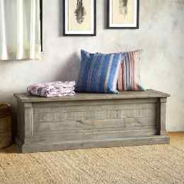 KEENE BLANKET CHEST