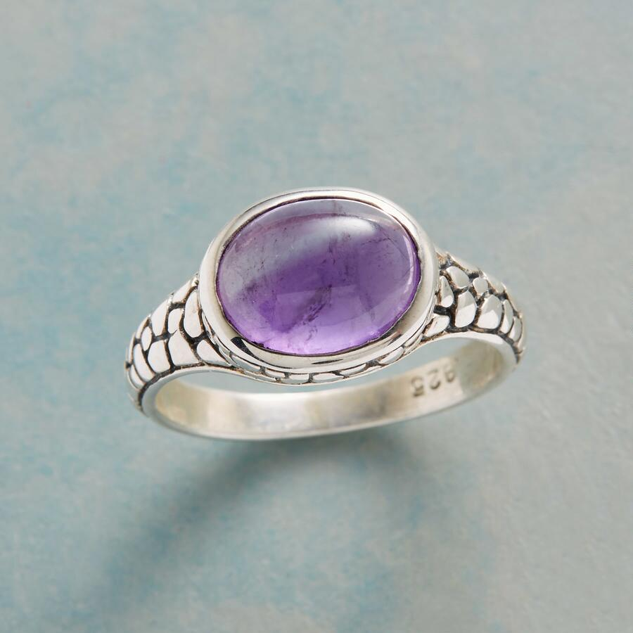 PURPLE PEBBLE RING