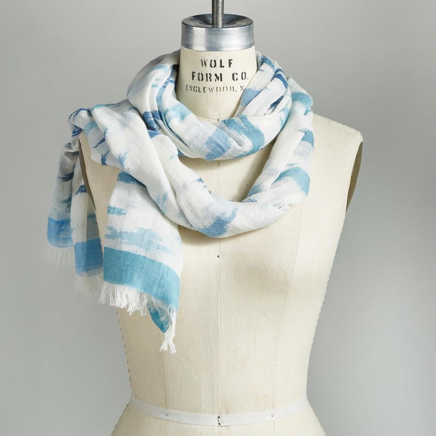 DANCING CLOUDS SCARF