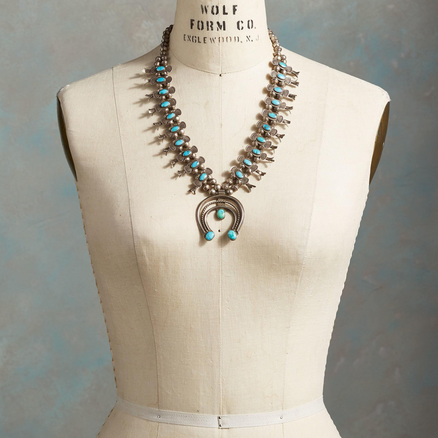 1940'S NAVAJO BOX BOW NECKLACE: View 3