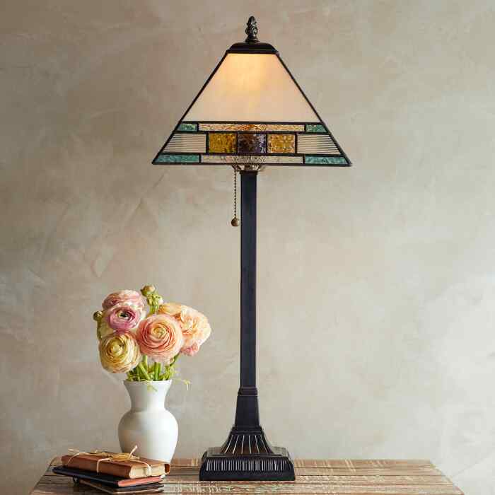 WILLOW CREEK TABLE LAMP